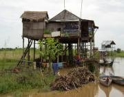 2 Days Tonle Sap Banteay Srey and Beng Mealea Tour