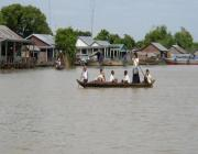 2 Days Banteay Srey Rolous Group and Floating Village Tour